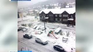 В Северо-Енисейске выпал снег