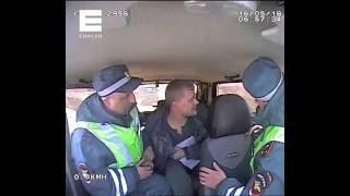 В Северо-Енисейском районе нетрезвый водитель пытался съесть протокол